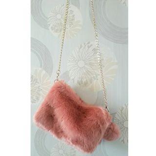 粉色毛絨小包包/側背包(全新)