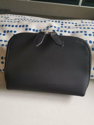 🚚 Burberry Cosmetic Pouch