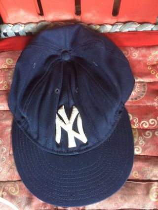 100% authentic 15b92 f1e13 Authentic Pre Loved New York Era New Yankees Cap
