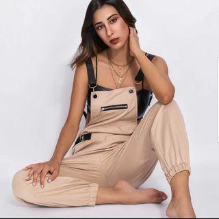 🚚 時尚吊帶褲《L~XL》