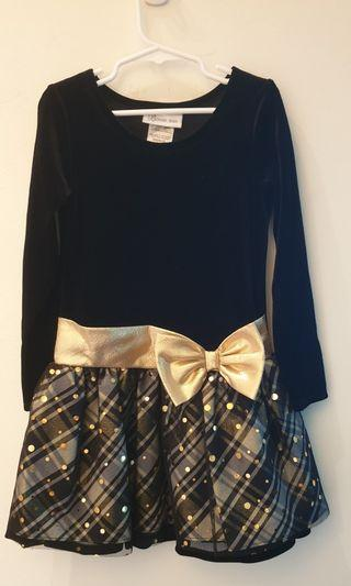 🚚 Adorable black and gold dress