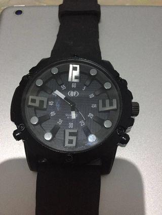 #JAN25 Jam tangan pria strap karet warna hitam