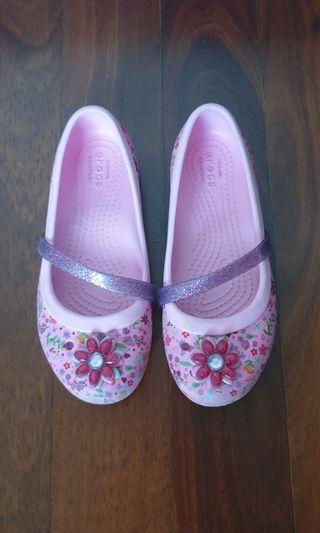 🚚 Girls Crocs - size 13