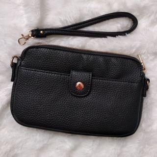 Tas Wanita / Woman's Bag Wristlet - Black