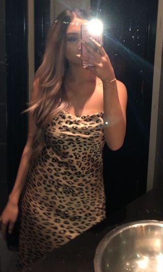 Bardot leopard midi