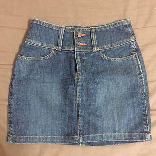 9.99成新*Lee Cooper Jeans 牛仔短裙