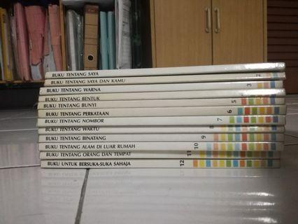 Malay series by Pustaka Bahasa Pengetahuan Britannica