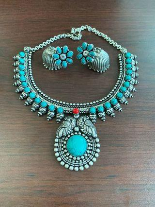 🚚 Turquoise studded Indian necklace with jhumka earrings