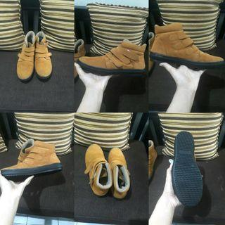 boots suede/ bludru/ sepatu kets/ sneakers/ sepatu musim dingim/ boots winter/ autumn/ spring/ heels/ flatshoes/ platform