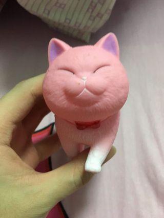 粉紅色肥貓