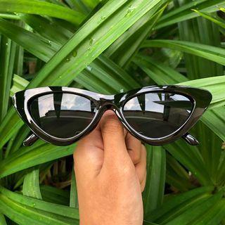 Zendaya Sunglasses (Black)