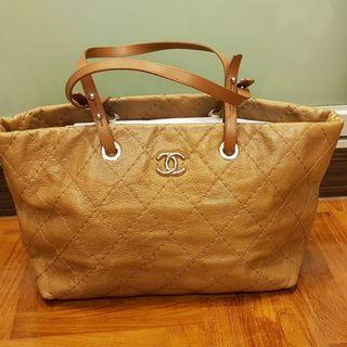 Chanel Tote Bag Authentic (Used, Good Condition)