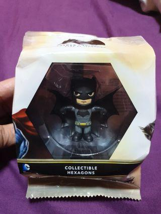 🚚 Batman Figurine