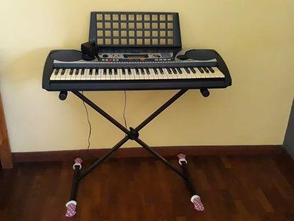 Yamaha Electronic Keyboard