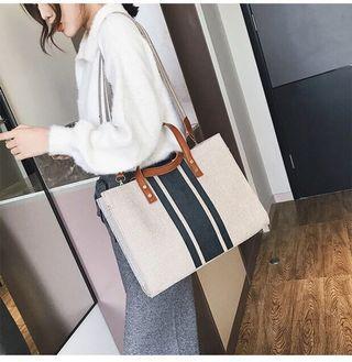 Bag female 2019 new ladies Messenger bag Korean version casual wide shoulder straps shoulder bag sling bag
