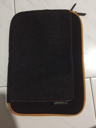 IdeaPad pouch