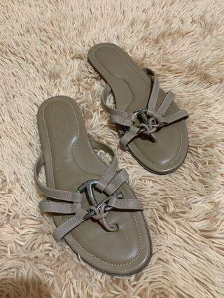 Authentic tods slipper