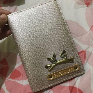 Dompet passport