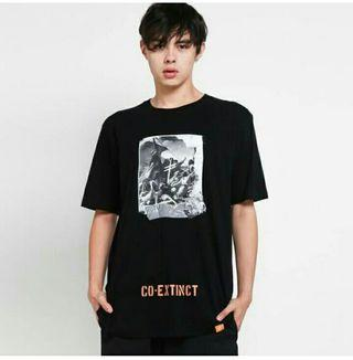 Monstore T shirt