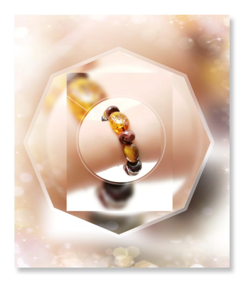 全新品 天然A貨 原產地 波蘭 爆花金琥珀 蛋型 光面珠 手串一條 配 純銀扣 / BQ-29
