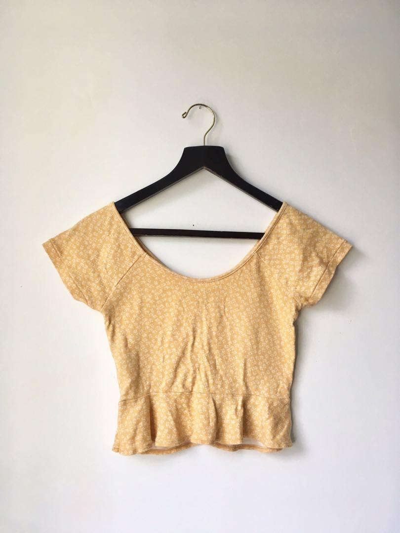 American Eagle cinch front peplum v-neck top size small