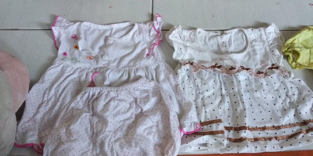 Baju bayi 3 - 5 bulan