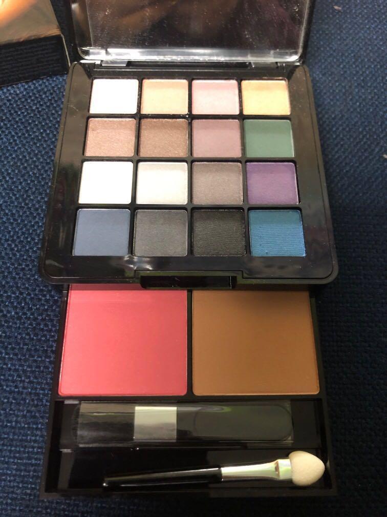 BNIB - Victoria's Secret Make Up Kit