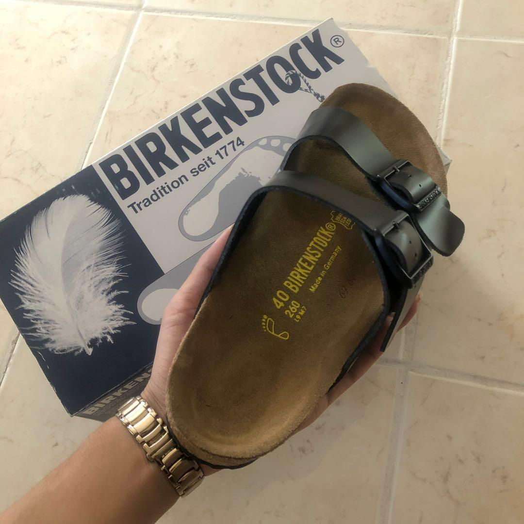Brand new ICONIC birkenstocks 💥