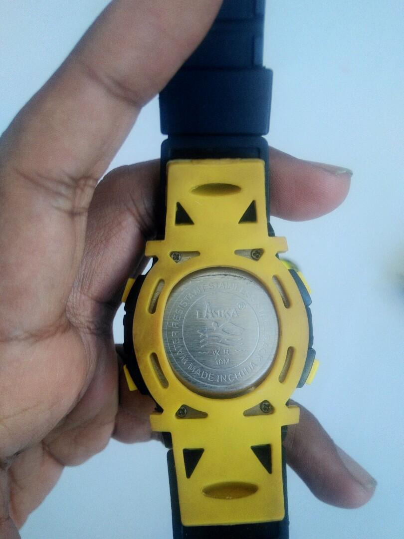 Jam tangan Lasika