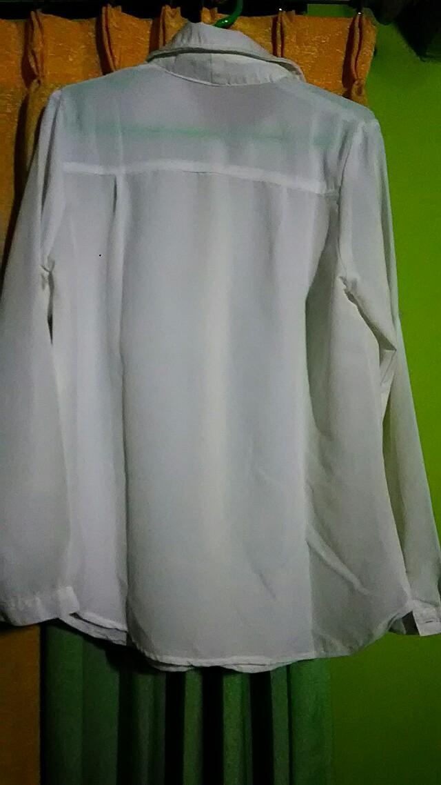 Kemeja Putih Panjang