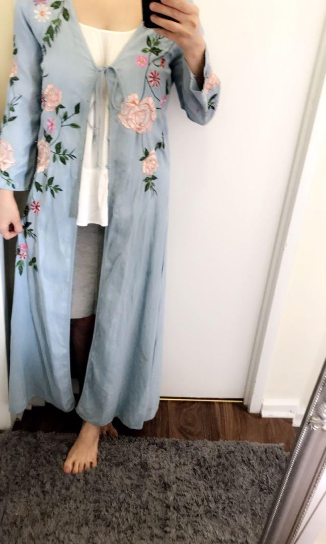 Light blue embroid coat