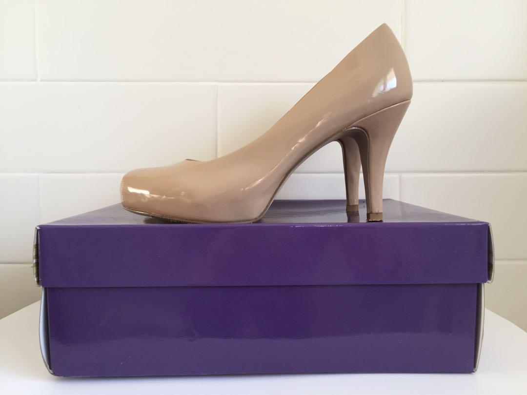 Madden Girl Getta Patent Nude Pumps / Women's Sz 7