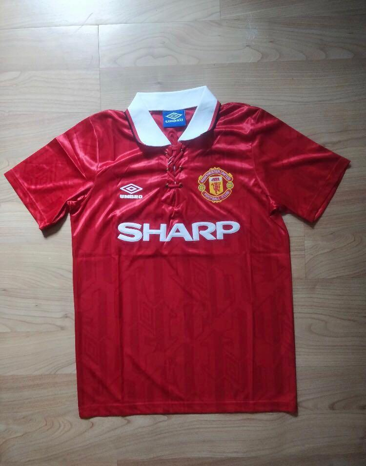 wholesale dealer 0f9ad 5ca55 Manchester United Retro Jersey/Kit, Sports, Sports Apparel ...