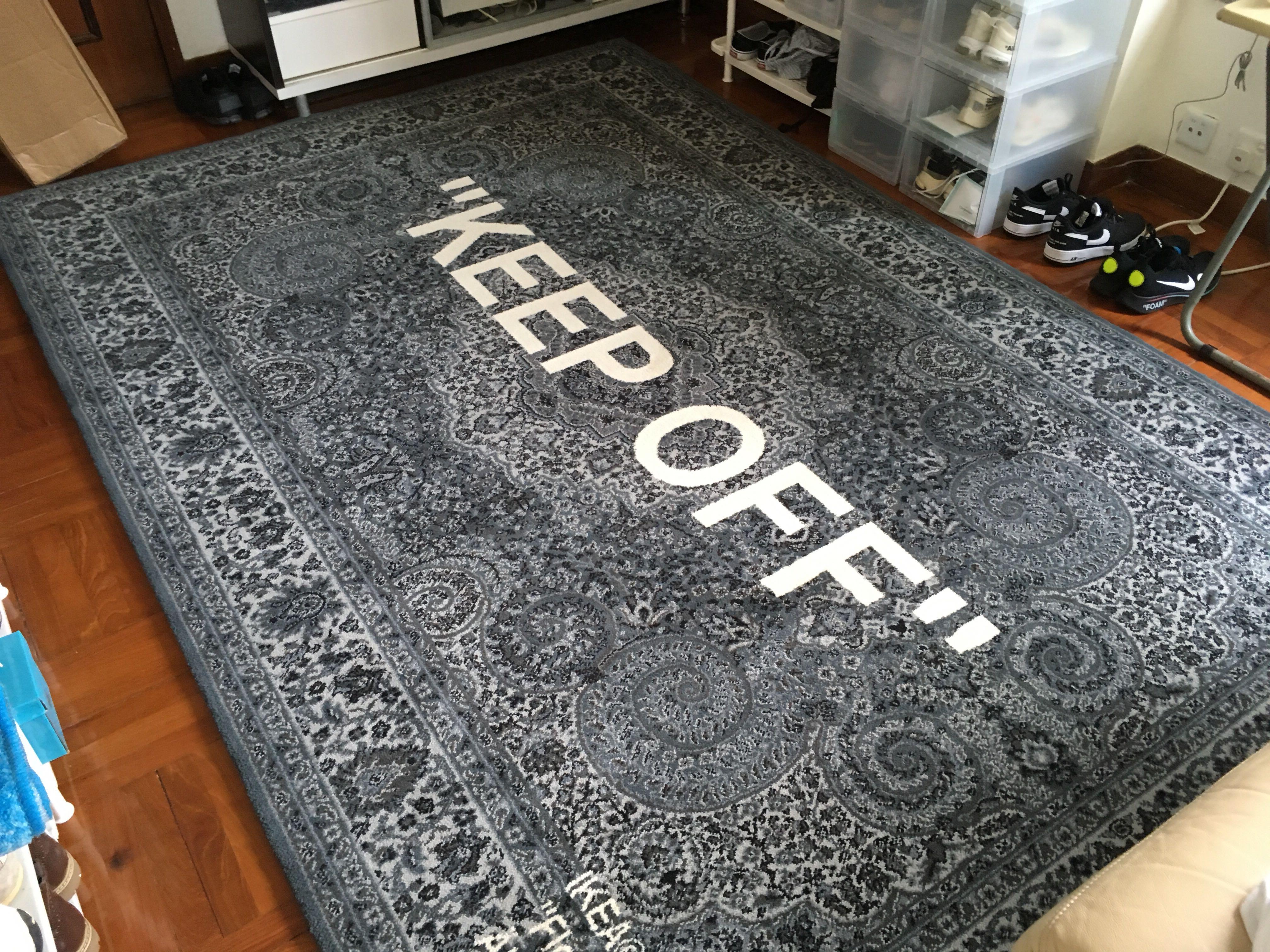 賣off white keep off rug 只係拆出來影左張相 9成新