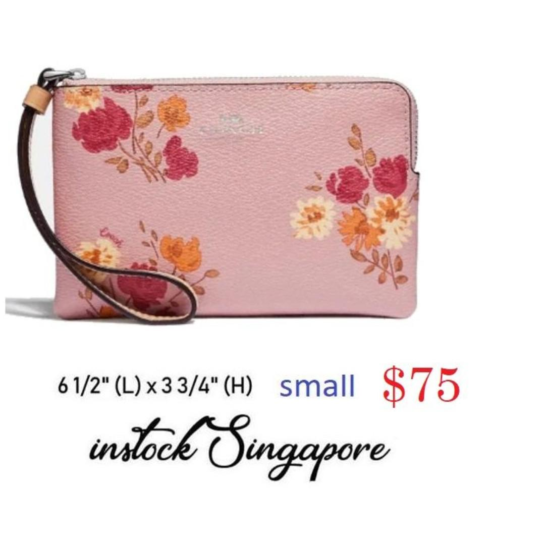READY STOCK - AUTHENTIC - NEW  Coach Wristlet CORNER ZIP WRISTLET WITH PAINTED PEONY PRINT (COACH F73348)