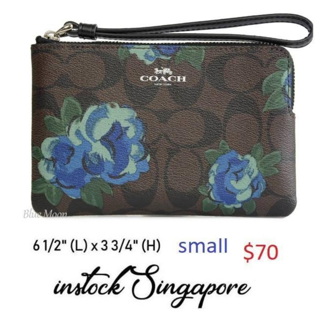 READY STOCK authentic new coach CORNER ZIP WRISTLET IN SIGNATURE CANVAS WITH JUMBO FLORAL PRINT (COACH F39150)