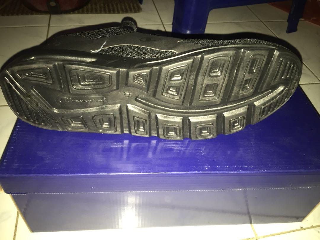 Running Shoes champion full black
