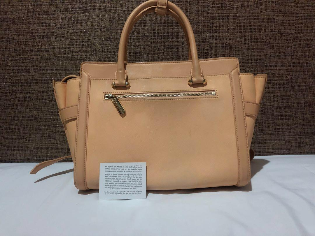 Tas Charles & Keith Authentic Original Tas