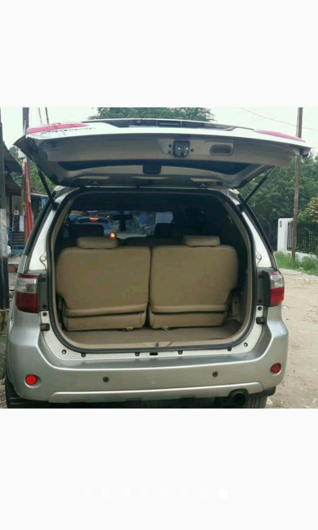 Toyota Fortuner SUV G diesel 2008 MT silver new model