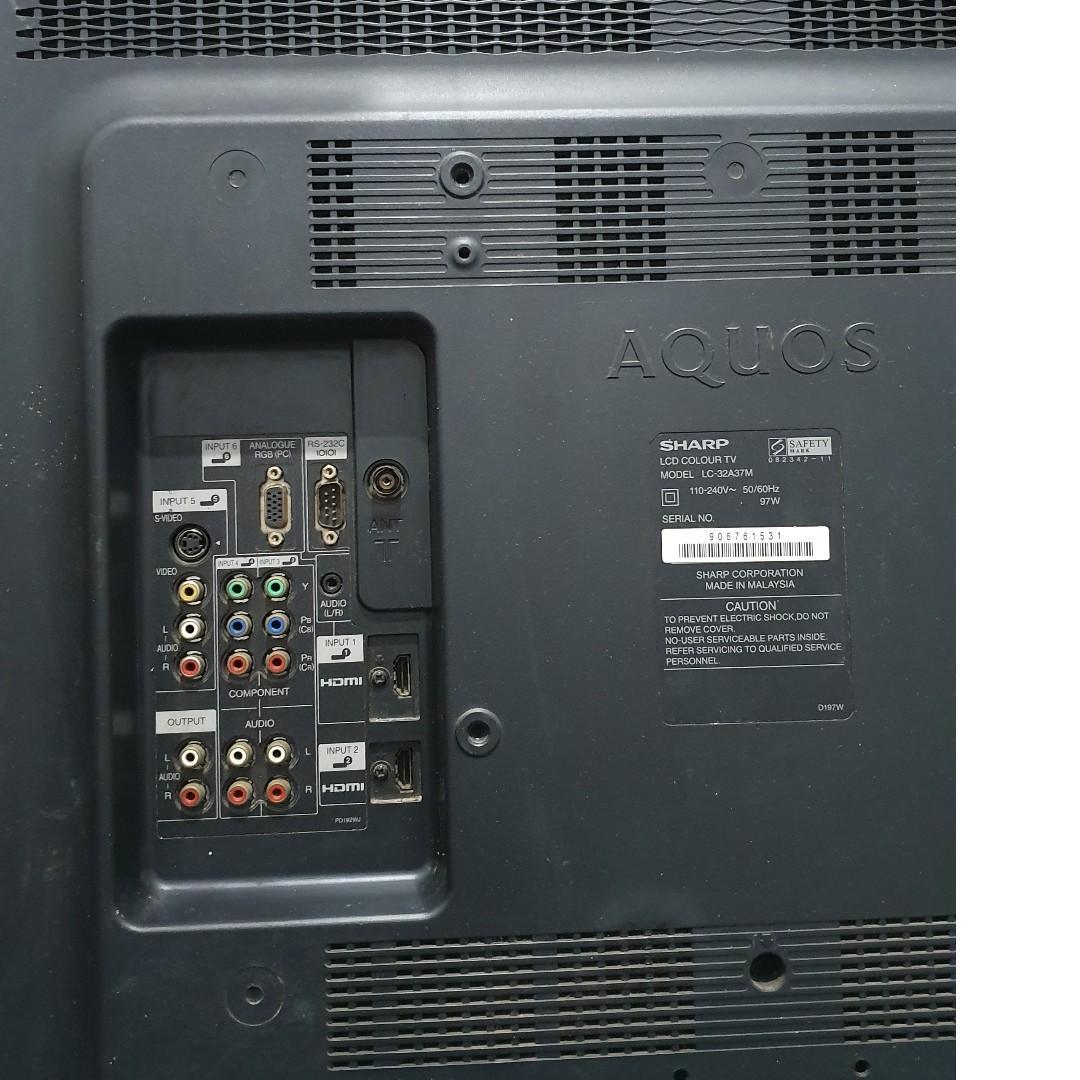 "TV LCD Sharp Aquos 32"" Bonus Bracket"
