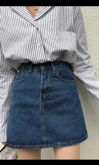 《全新》經典牛仔短裙 基礎款 容易襯衫 有彈性