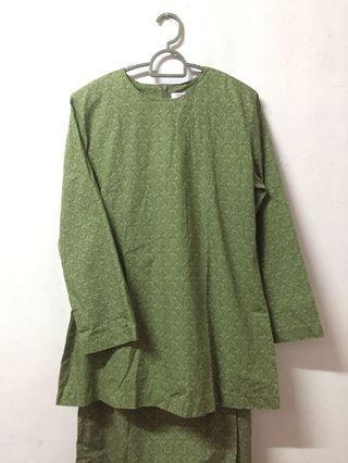 Green Kurung moden cotton