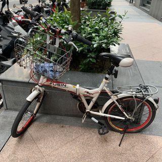 二手摺疊摺疊腳踏車 後輪爆胎自行修理