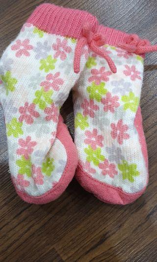 Carter's Sock shoes 6-12m