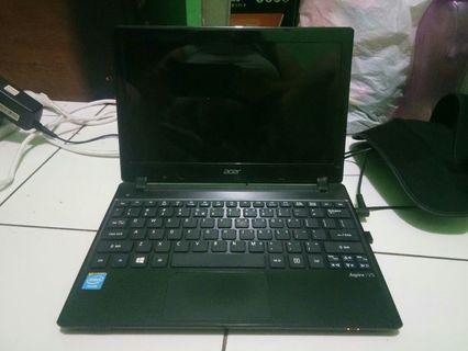 laptop / notebook acer v5 131 mulus bisa nego