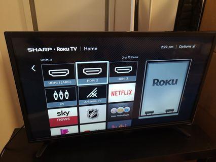 Sharp Roku TV 32'