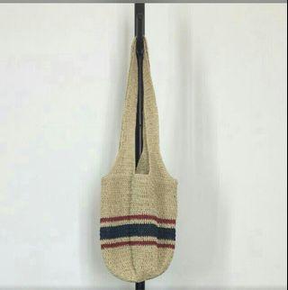🚚 國外帶回軟竹編包包