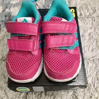 Adidas Girl Shoe Size UK5\US5.5