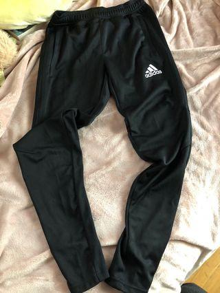 Adidas size small women's soccer pants