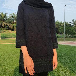 Long knitwear